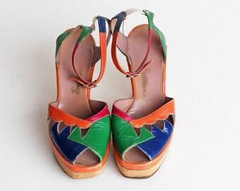 Vintage 70s LEATHER Platform Sandals / 1970s Peep Toe 6 36