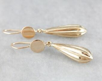 Elegant Gold Teardrop Earrings PU769D-R