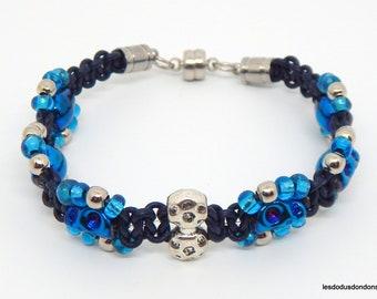 Skull bracelet, blue leather, beads