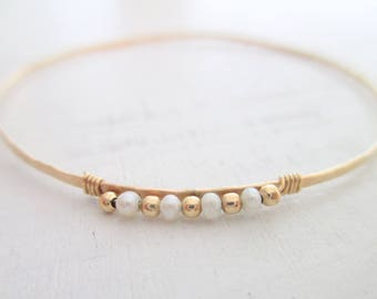Gold pearl bracelet, gold bangle bracelet, bridal bracelet, stacking bangle, skinny hammered bangle bracelet, wedding jewelry
