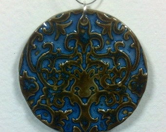 Damask Textured Ceramic Pendant in Midnight Sea with Wire Necklace