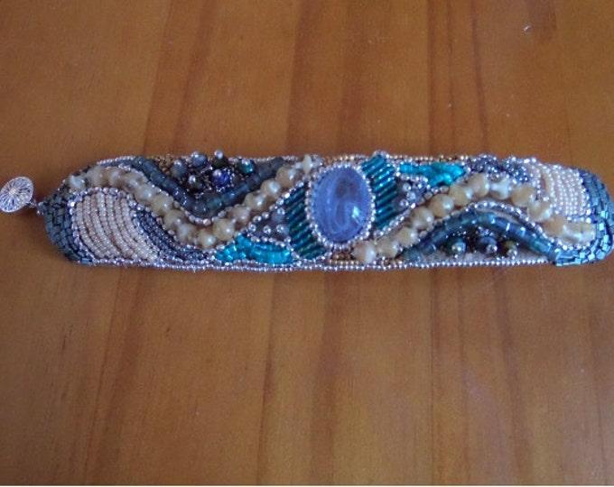 Puttin' On the Glitz Cuff Bracelet : Bead Embroidery