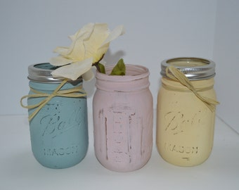 Painted Pint Mason Jars / Wedding Centerpiece / Country Chic Decor / Pick your color / Set of 3 Jars