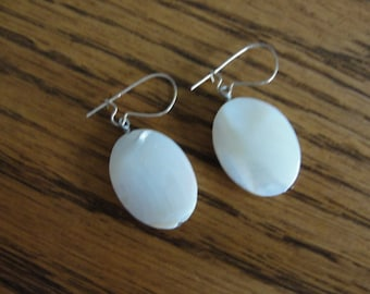 crazy ad stream 14k earwires Beautiful Mother of Pearl earrings