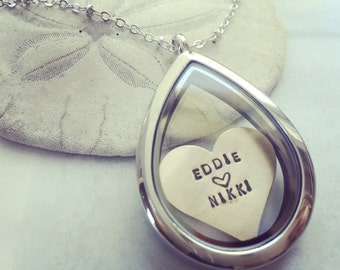 Custom name locket, Personalized locket necklace, heart necklace, floating locket, personalized name necklace, Couple name necklace, initial