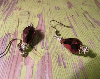 Purple Plum Earrings Faceted Glass Small Elegant Pierced Dangle Silver tone metal