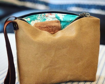 Birdie Waxed Canvas Wristlet