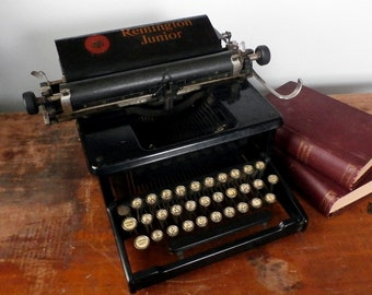 Antique Remington Junior Typewriter, 1914-1919 Model