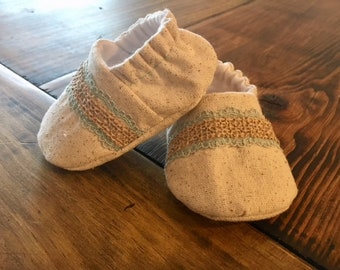 Vintage Baby Shoes, Baby Slippers, Natural Baby Booties, Crib Shoes,  Baby Girl Slipper, Baby Shower Gift