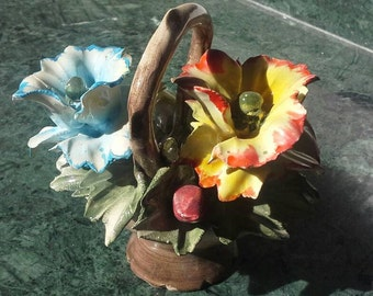 "3.15"" Vintage Capodimonte Porcelain Flowers and Basket"