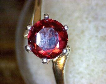 Beautiful Rhodolite Swirl Ring