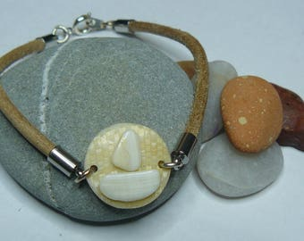 Bracelet and shell