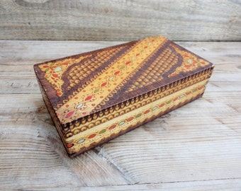 Vintage Wooden Pyrography Box, Old Wooden Jewellery Box, Box decorated with pyrography, Jewelry box from '60, Old Wood Box