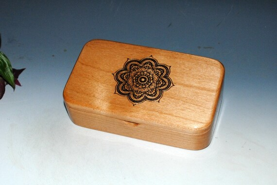 Wooden Box - Wood Box - Engraved Mandala on Alder-Gift Box, Trinket Box, Stash Box-Jewelry Box, Tresaure Box-Handmade Wooden Box, Unity Box