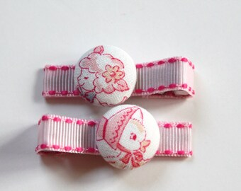 Easter Friends..  2 button hair  clips