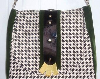 ON SALE:  Houndstooth Handbag   CLEARANCE