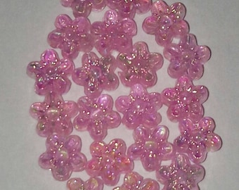 shiny set of 20 pink iridescent flower beads