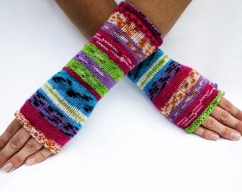 Knit fingerless gloves. Colorful knit fingerless gloves.Arm warmers.Size M/L.Fingerless mittens.Multicolor gloves.Knit gloves.Striped gloves