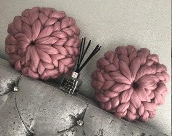 Acrylic chunky knit small cushion
