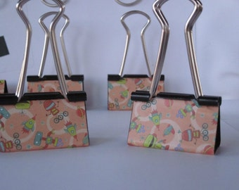 "Binder Clips - ""Robots"" 12 medium binder clips"