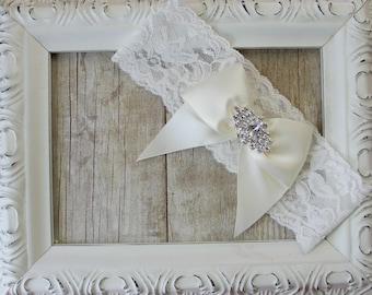 Wedding Garter - Custom Garter - Vintage Wedding Garter w/ Sparkling rhinestones on Stretch Lace, Bridal Garter, Prom Garter, Wedding