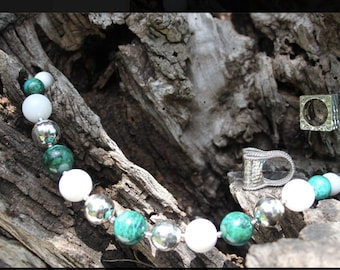 950 Peruvian silver necklace with Chrysocolla stones and 6 balls of hammered silver