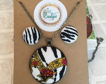 Paisley zebra print fabric | Necklace | Fabric Button jewellery set Button pendant | Button necklace | Button earrings | Stud earrings
