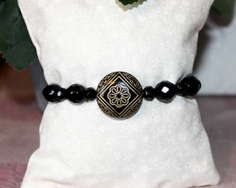 Flapper/1920's Art deco style black and gold bead bracelet