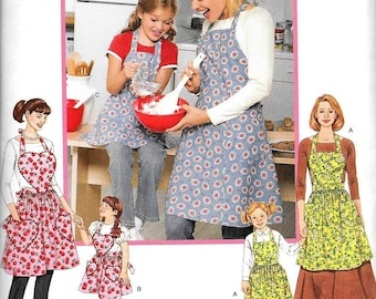 Simplicity 3949 Mother Daughter Girl Retro Vintage Apron Sewing Pattern UNCUT Size S, M, L