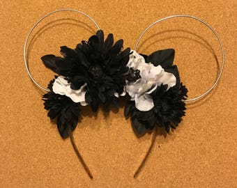 Black and white wire Halloween Minnie Ears
