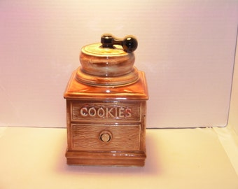 McCoy Coffee Grinder Cookie Jar, McCoy Cookie jar, Coffe Grinder Cookie Jar, Cookie jar, McCoy, Christmas gift
