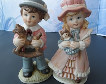 Perfect Set Of 2 Homco Home Interiors Figurines Number 1419 Victorian Boy U0026 Girl  1597