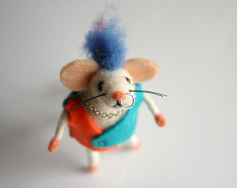 Needle felted punk mouse, Punk rock mice, Felt mice figure, Punk, Mouse miniature, Doll house miniature, Collectible mouse