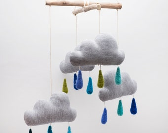 Clouds and raindrops mobile, baby Mobile, Baby Crib Mobile, Modern Nursery mobile, Felt drops, nursery decor, Cloud Mobile, grey blue