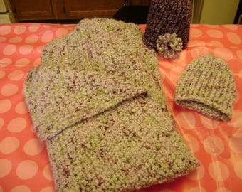 2 Baby Hats and Matching Blanket