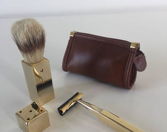 Travel shaving set