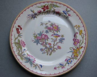 Syracuse China, Old Ivory, Bombay, 8 3/4 Plate from 1949