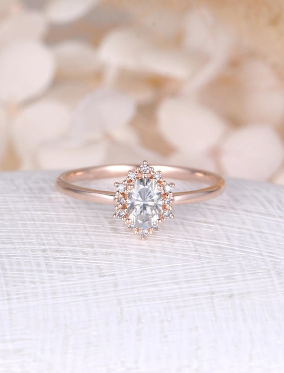 photos bride indie to engagement h rings huffpost jewellery vintage every suit n