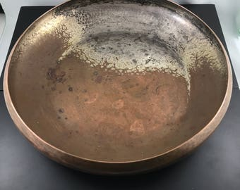 Antique Hand Wrought Kalo Copper Bowl. American Arts and Crafts.