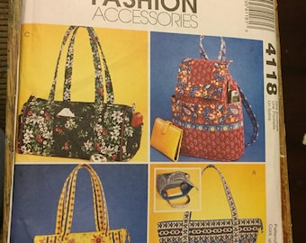 McCall's Fashion Accessories Pattern 4118 COMPLETE UNCUT