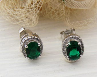 Emerald Green Sterling Silver Stud Earrings, Green Studs, Emerald jewelry, Gift for Wife, May birthstone