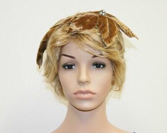 Vintage 50's Velvet Leaf Shape Hair Piece Accessory Hat-Let Fascinator Hat