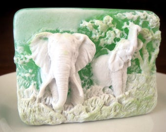Soap. Elephants in the Wild with fragrance of Lemongrass.