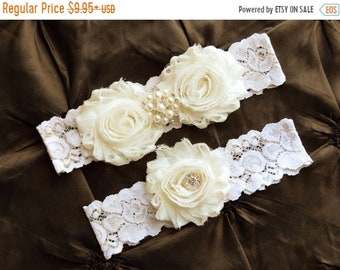 ON SALE Wedding Garter Set, Bridal Garter Set - Ivory Lace Garter, Keepsake Garter Toss Garter, Ivory Wedding Garter, Ivory Wedding Garter B