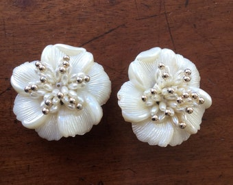 Vintage Molded Plastic Floral Earrings