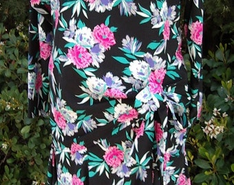 Spring 2 Pc.Side Draped  Carnation Print Dress Designer Sample Size 10  Item #835  Daytime  Dresses