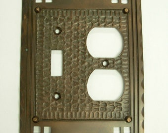 Mission Arts & Crafts Outlet/Toggle Switch Plate