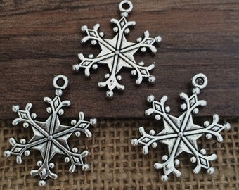 25pieces 22mm x28mm Snow charm Antique  silver Charm