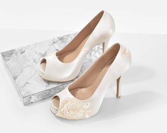 Lorraine V3 Ivory Lace Bridal Heels, White Satin Heels with Gold Lace, Ivory White Wedding Heels, Ivory Lace Bridal Heels with Crystal