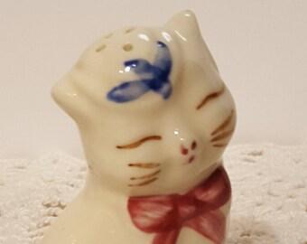 Vintage Porcelain Cat Salt Shaker from Shawnee Pottery presented by Donellensvintage